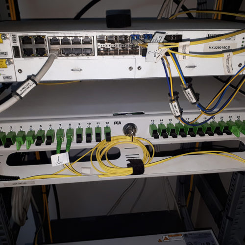 Narzędzia do komunikacji - kable światłowodowe