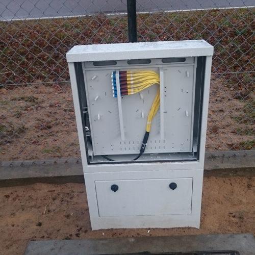 Skrzynka telekomunikacyjna światłowód siec